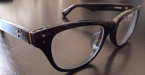 Fender EYEWEARのメガネ本体