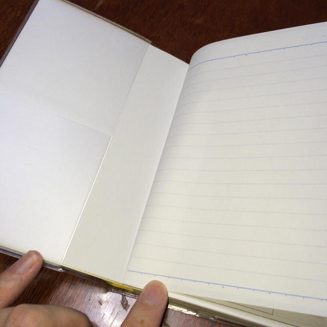 タワレコ手帳2015のカバーにノートを挟む