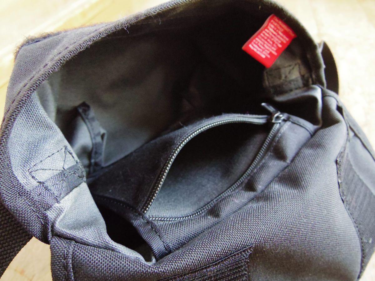 ポケットは内側に1つ